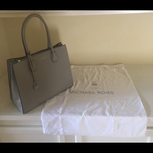 17fbc0715011 Michael Kors Bags | Studio Mercer Xl Tote Pearl Grey 348 | Poshmark